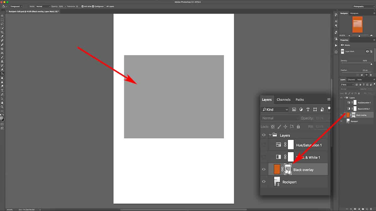 Displaying a layer mask in Photoshop