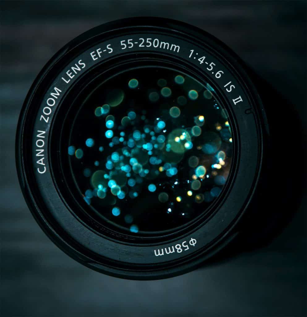 Constant vs. Variable Maximum Aperture Zoom Lenses - CreativeRAW